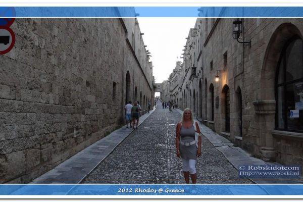 2012-rhodos-1227A0AD970-B644-0BAA-0A17-42EE63CD4379.jpg