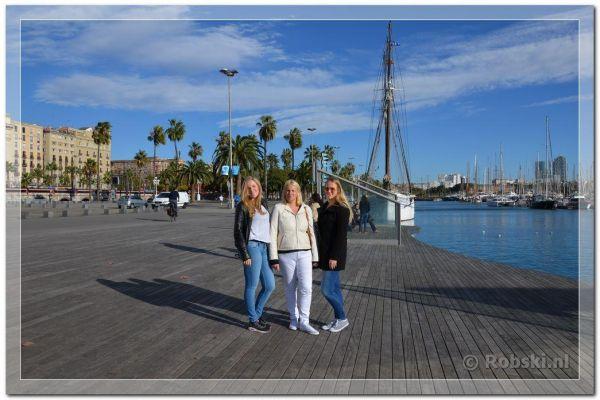2014-barcelona-825DEF5373-6049-6AB0-31C1-BA4B3AF77DD8.jpg