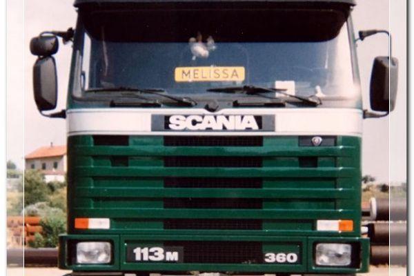 1998-robski-scanias-006177ae158-e015-e500-7b4e-c8ade84ee89e0EF916D9-2758-9552-60E0-ACBFF704525E.jpg