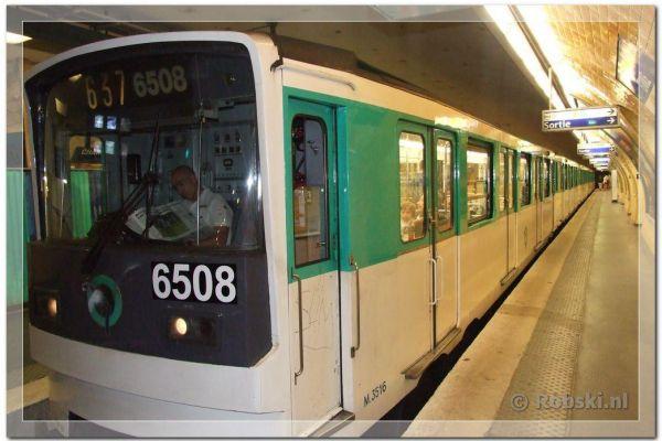 parijs-2009-0111AD020E7-7FE0-FED0-CECC-BB3569F2312D.jpg