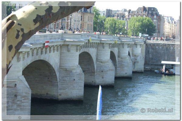 parijs-2009-024F1FAAA23-C34C-8BD4-CDBF-C9360415AC37.jpg